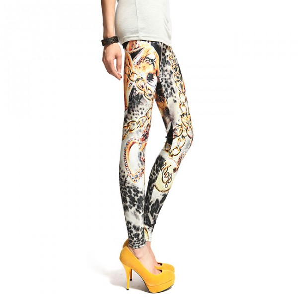Side view of Cougar & Chain patterned leggings